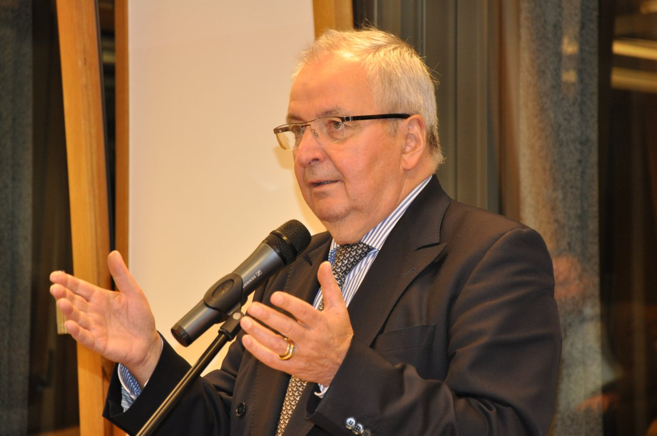 Klaus Töpfer (Institute for Advanced Sustainability Studies - IASS)